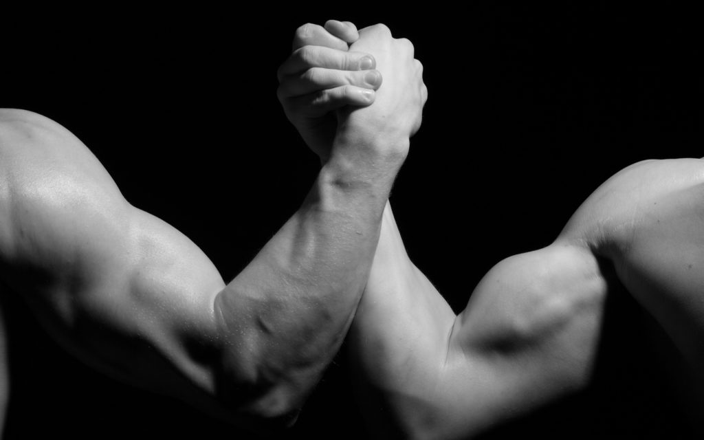 hands_men_wrestling_biceps_black_and_white_arm_wrestling_79971_3840x2400